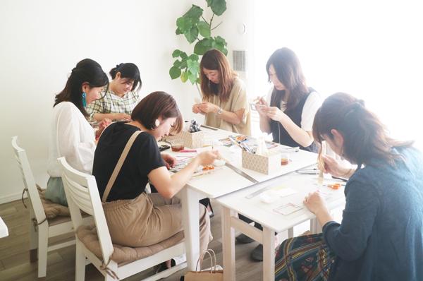 カルトナージュ,東京,アトリエキームプロフィール,萩谷麻衣子,講師